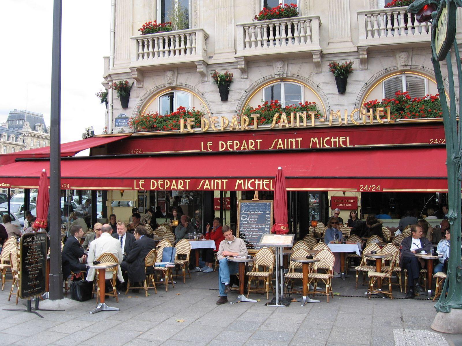 1005-2-paris-cafe