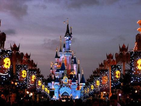 Известные тематические парки Франции
