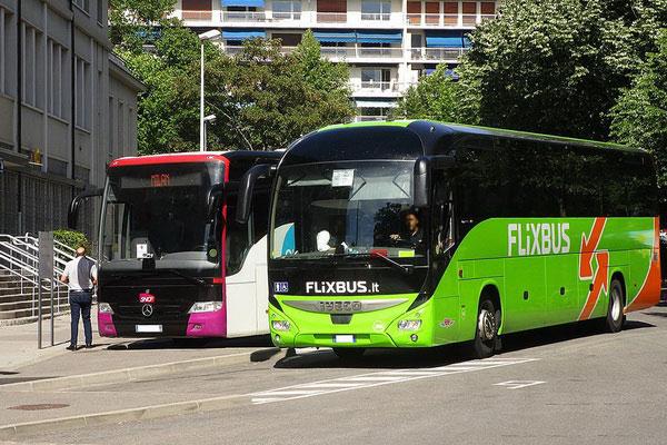 Автобусное сообщение во Франции.