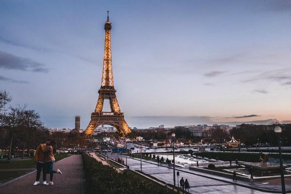 Зимний Париж.