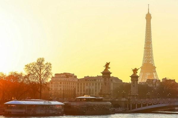 Зима в Париже.