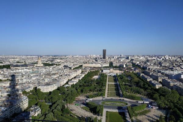 Вид с Эйфелевой башни.